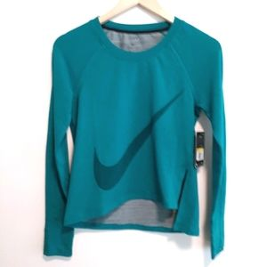 NEW NIKE NIKE TRANING WOMENS ATHLETIC TOP SZ SMALL
